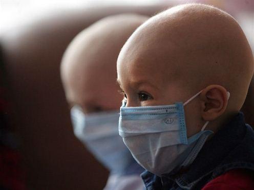deti-zashhishhennye-v-maskah-ot-infekcii
