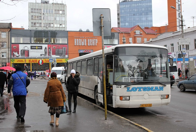 остановка успенская площадь днепр (демьяна бедного 115 автобус)