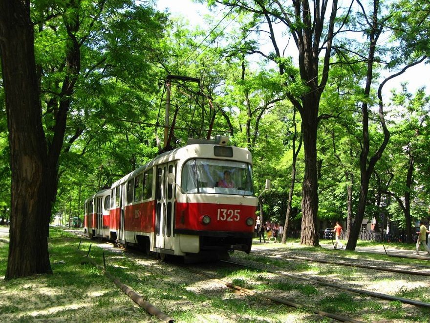 Трамвай у Дніпрі